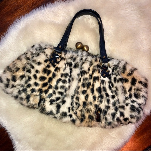 b7f747a6f01e baCamunda Handbags - baCamunda Rex lapin rabbit fur purse